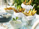 Scharfe Kartoffelsticks mit Avocadocreme Rezept
