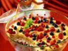 Schichtdessert mit Vanillejoghurt und Früchten Rezept