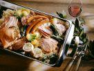 Schlachterülatte mit sauerkraut, Würsten, Schweinefleisch und Speck Rezept