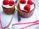 Schoko-Cupcakes mit Himbeeren Rezept