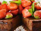 Schoko-Käsekuchen mit Erdbeeren Rezept