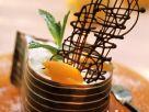 Schokodessert mit Joghurtsahne und Aprikosen Rezept