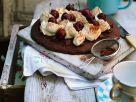 Schokokuchen mit Sahne und Kirschen Rezept
