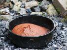 Schokokuchen über dem Feuer gebacken Rezept