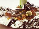 Scholle mit Möhren-Zwiebelgemüse in der Folie Rezept