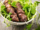 Schweinefleisch am Spieß mit Portulak Rezept