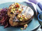 Schweinekotelett vom Grill mit Salsa aus Mais Rezept