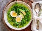 Smoothie-Bowl mit Ei, Avocado und Zuckerschoten Rezept