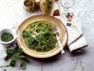 Spaghetti verde mit Basilikumpesto Rezept