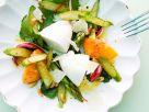 Spargelsalat mit Pfirsich und Parmesanmousse Rezept