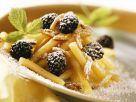 Süße Nudeln mit Brombeere und Mandel Rezept