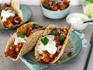 Tacos mit Blumenkohl-Bohnen-Mole und Sour Cream Rezept