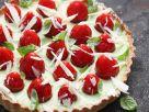 Tarte mit Basilikumcreme und Erdbeeren Rezept