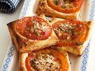 Tomaten-Blätterteigschnitten Rezept