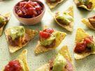 Tortillahäppchen mit Bohnencreme, Avocadopüree und Salsa Rezept