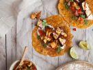Tortillas mit Lachs und fruchtiger Salsa Rezept