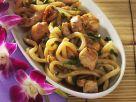 Udon-Nudeln mit Hähnchen Rezept