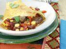Überbackene Pfannkuchen mit Bohnen-Fleisch-Füllung Rezept