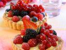 Vanilletörtchen mit Beeren Rezept