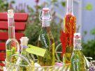 Variationen von Kräuterölen Rezept