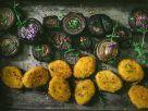Vegane Beflügel-Nuggets mit marinierten Thymian-Zwiebeln Rezept