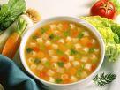 Vegane Minestrone mit Nudeln und Weißkohl Rezept