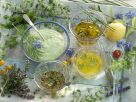 Verschiedene Salatdressings Rezept
