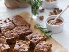 Walnuss-Apfelkuchen mit Rosmarin Rezept