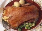 Weihnachtlicher Gänsebraten mit Klößen und Rosenkohl Rezept
