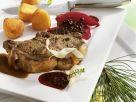 Wildschweinkotelett mit Quitten- Holunderbeeren-Soße Rezept