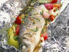 Wolfsbarsch mit Gemüse aus der Folie Rezept
