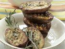 Würzige Grillkartoffeln mit Salat Rezept