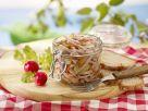 Wurstsalat mit Essiggurken Rezept