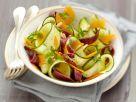 Zucchinisalat mit Käse und Entenbrust Rezept