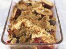 Zwetschgen-Crumble mit Pinienkernen Rezept